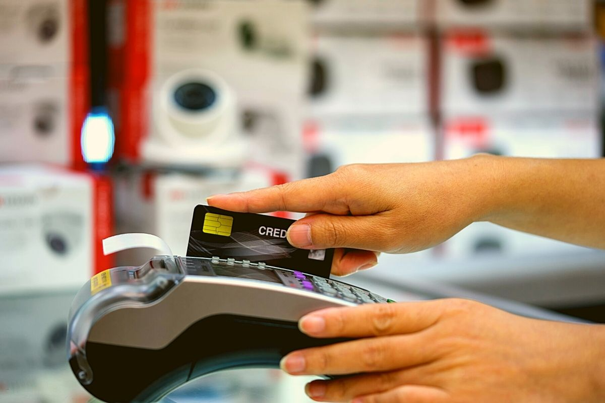 Credit card payment processing on POS system